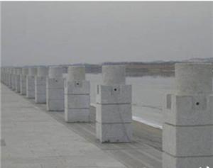 柱式桥栏板